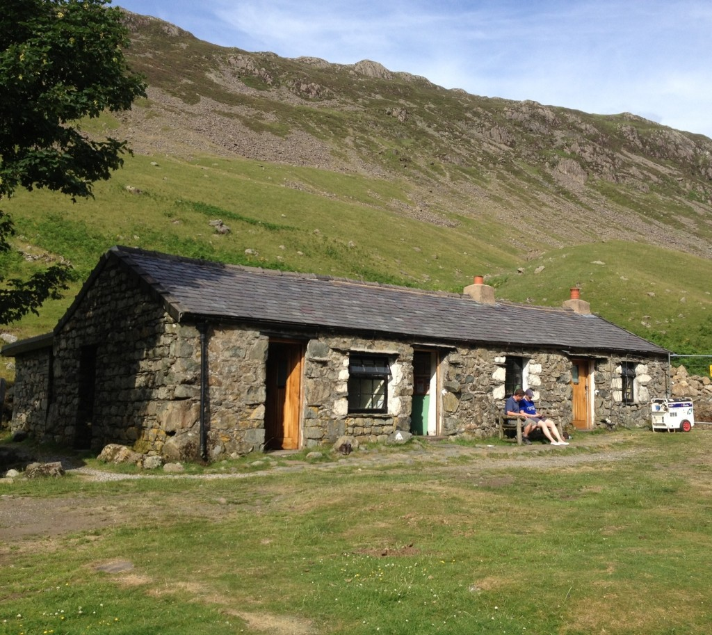 Black Sail Youth Hostel (with generator/ice cream cart on far right)