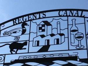 Regents Canal sign