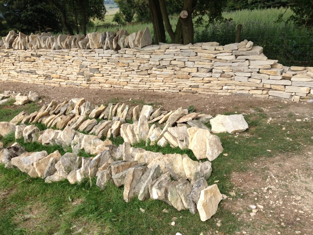 Building a Cotswold stone wall