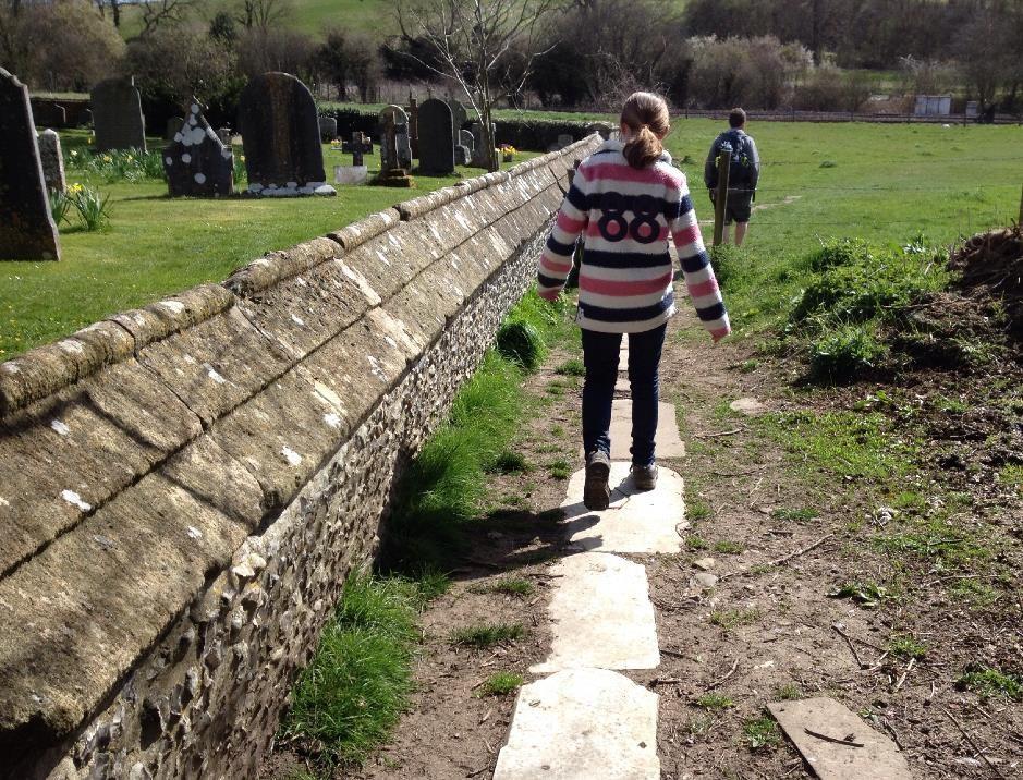 Footpath past St Mary's church, Great Bedwyn