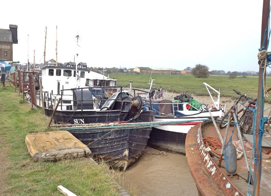 Faversham creek boatyard