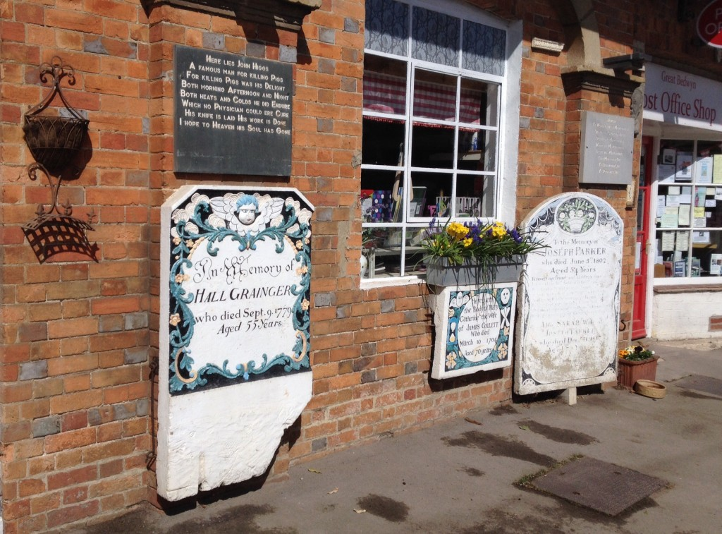 Great Bedwyn Post Office and shop