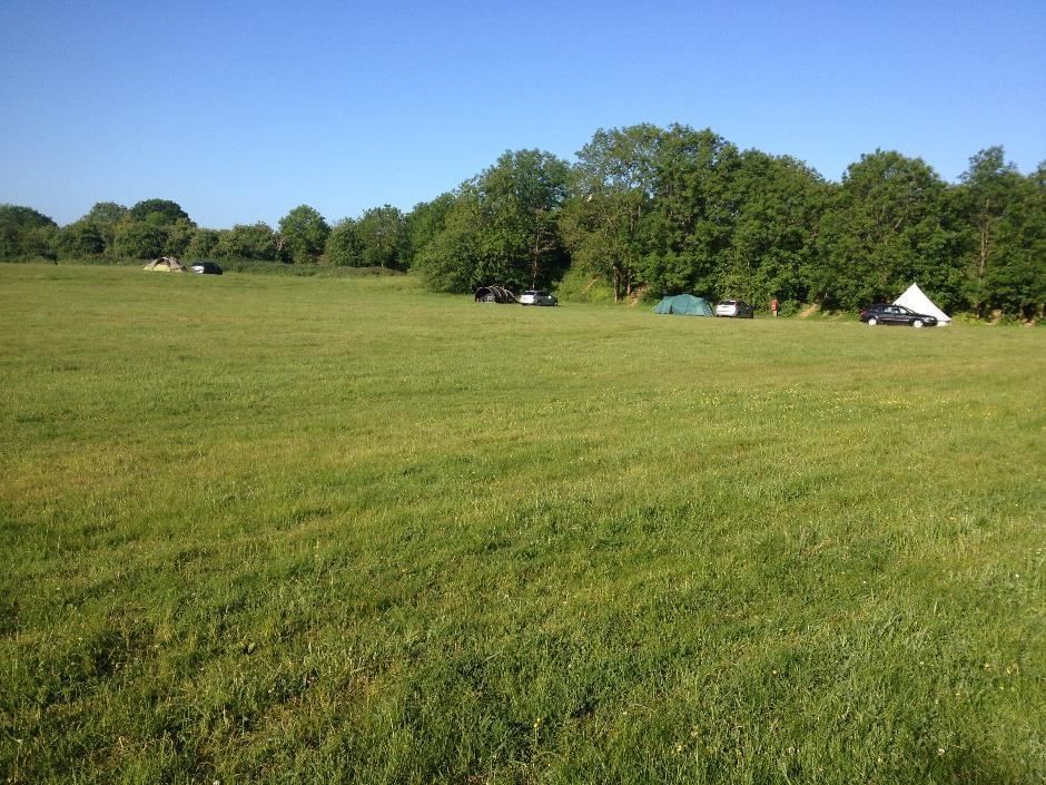 Denfurlong Farm campsite on a sunny June weekend