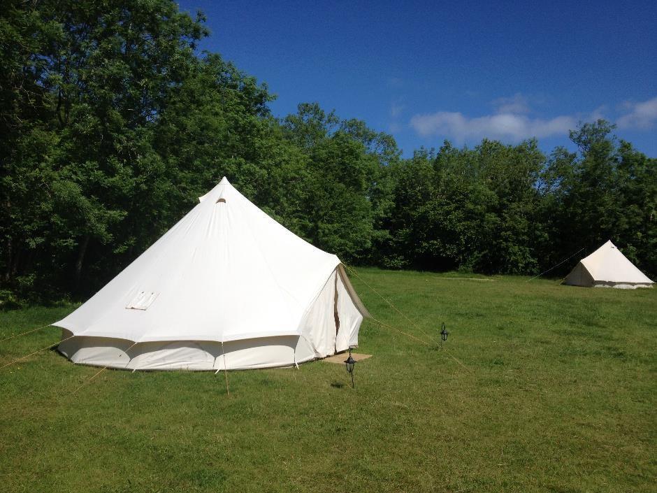 Cotswold Hills Bell Tents Denfurlong Farm c&site & Campsite review: Denfurlong Farm campsite near Chedworth Gloucs ...