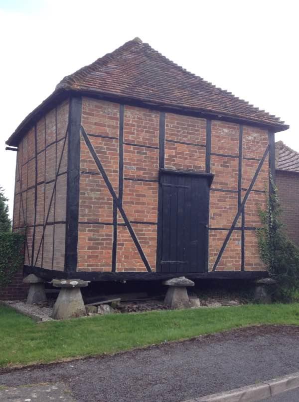 Unusual building, Speen