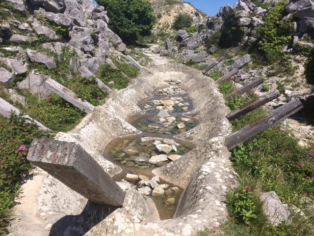 Tout quarry