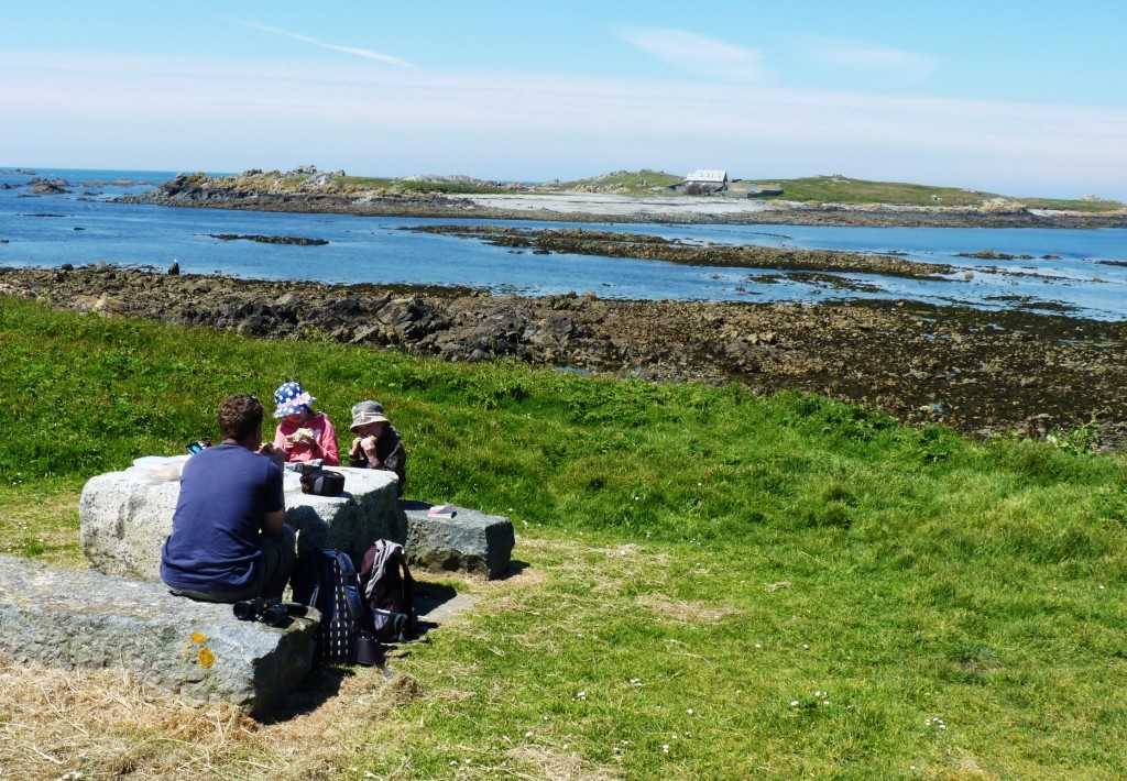 Picnic before heading over to Lihou Island