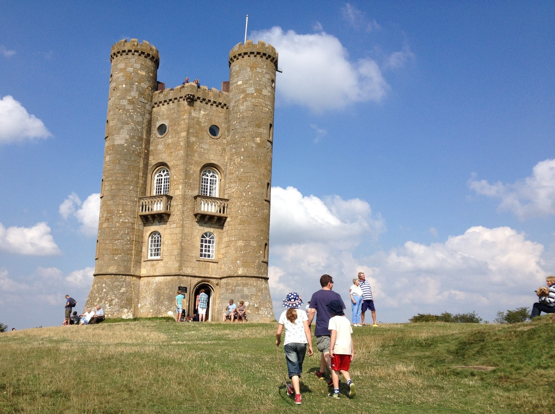 A family walk to Broadway Tower, Worcs
