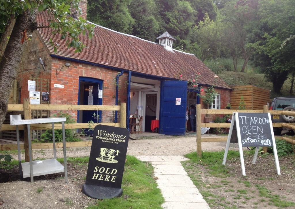 Teapot cafe, Britchcome Farm