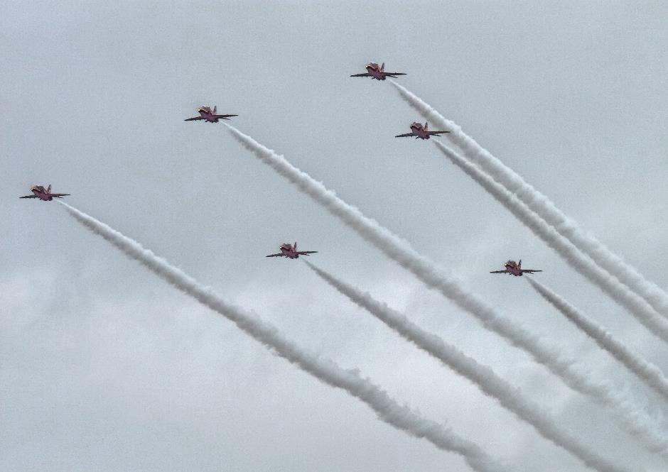 Red arrows, RAF Benson display