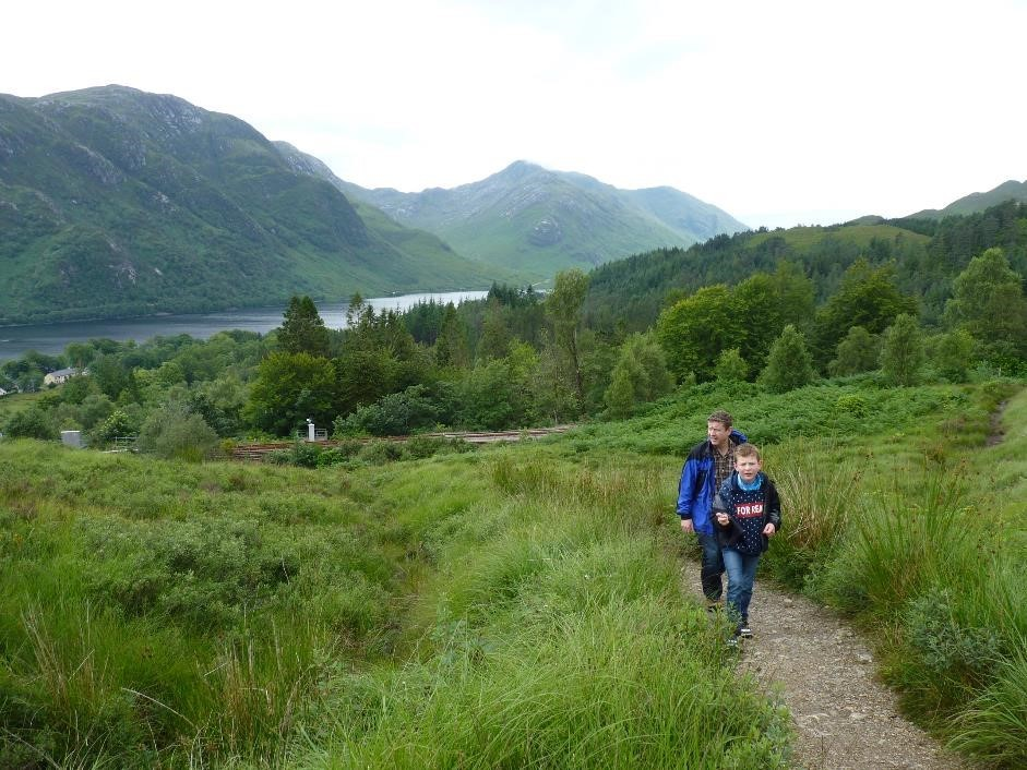 Walk to Glenfinnan viaduct