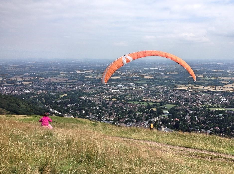 Waiting for the paragliders, Malvern Hills