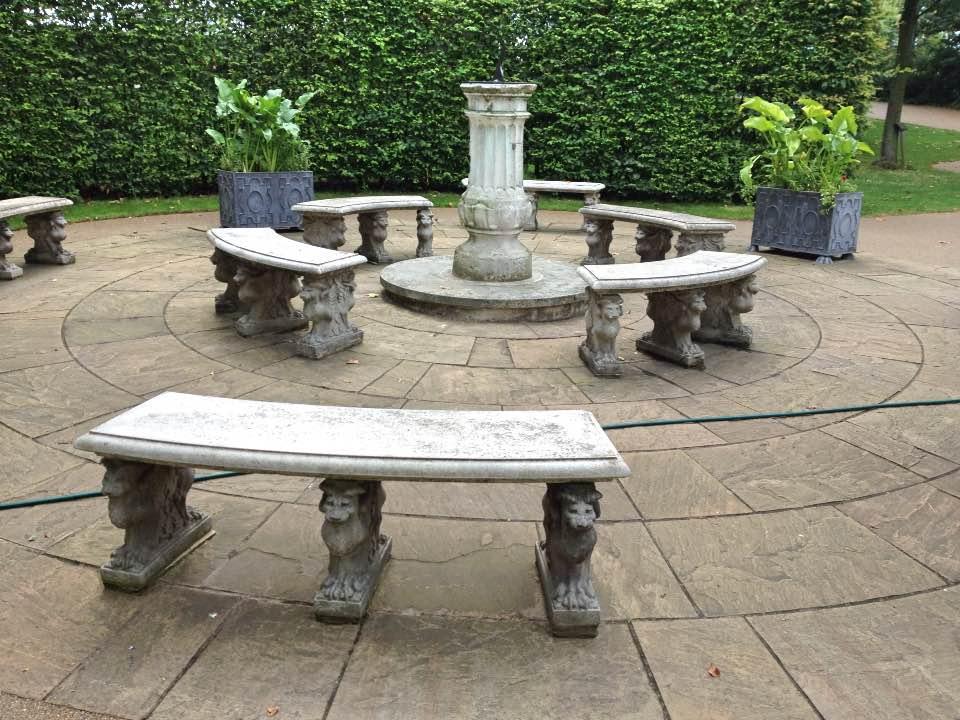 Temple gardens, London