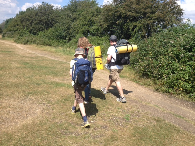Backpacking the Thames Path trail, Oxfordshire