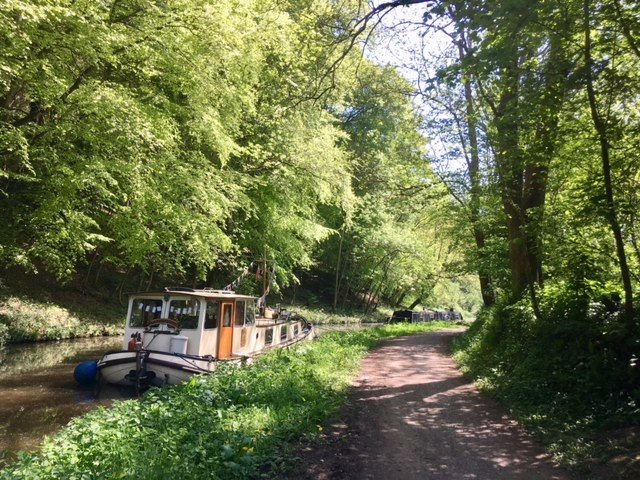 Kennet and Avon canal near Avoncliff
