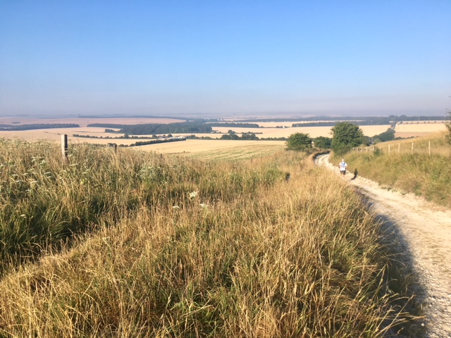 Early morning on the Ridgeway - day two, Race to the Stones