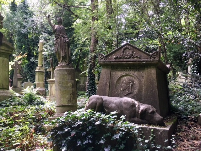Tom Sayers grave, West Highgate cemetery