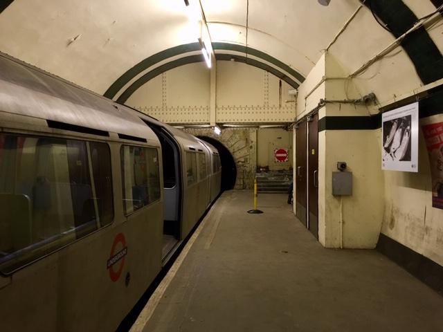 Western platform, Aldwych