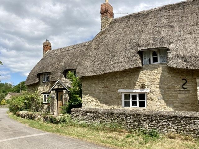 Thatched cottage, Noke