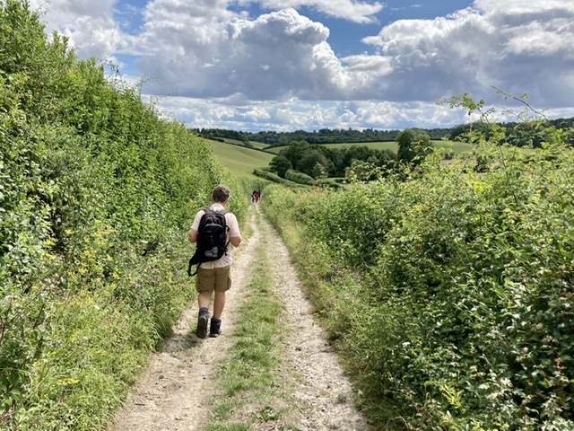 Walking the Oxfordshire Way